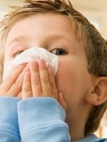 Как эффективно лечить насморк у детей и взрослых народными средствами.